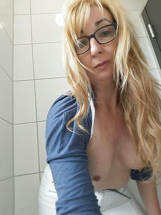 Kinkymature uit Zuid-Holland,Nederland